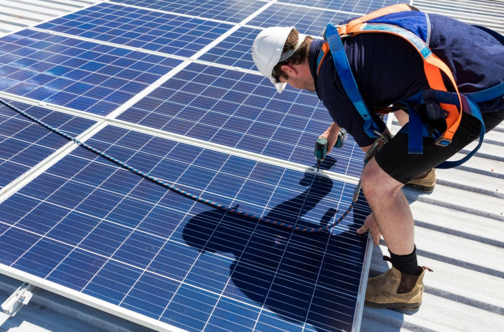 How to Build a Solar Panel – See How Much Money You Can Save